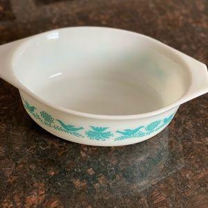 Pyrex 043 Blue Birds Casserole/ Baking Dish